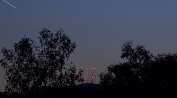 transmission_towers_01.jpg