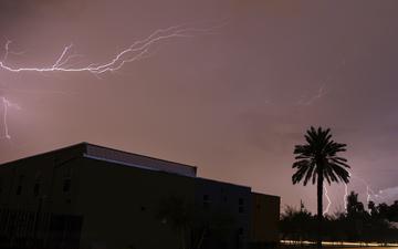 Lightning 006-c.jpg