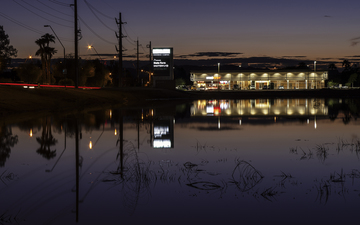 Lake 006-1.jpg