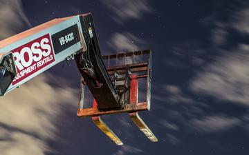 Forklift 003.jpg