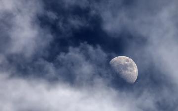 MoonAndClouds 018-1.jpg