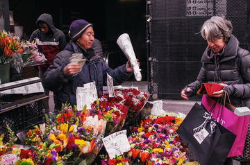 Downtown_Boston_Flower_Stand_s.jpg