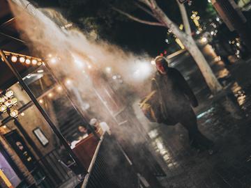 Life_at_night_on_the_street_1k.jpg