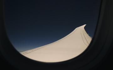 Boeing_Dreamliner_787-9_Wing_Flex_3k.jpg