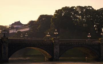 Tokyo_Seimon Stonebridge 正門石橋.jpg