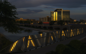 Tempe_Salt_River_Project_Bridge_Building_02.jpg