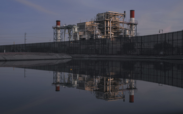 SRP_Kyrene_Generating_Station_October_Reflection_Canal.jpg