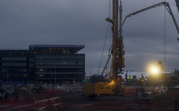 Tempe_December_Sunrise_Construction_Workers_Blount_Drilling_Spotlight_Artificial_Sun.jpg