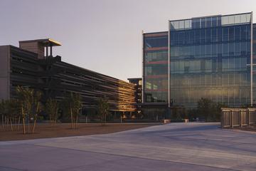 Tempe_Town_Lake_IDEA_Campus.jpg