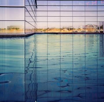 Tempe_Town_Lake_Center_for_the_Arts_Pool.jpg