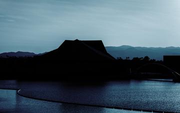 Tempe_Town_Lake_December_Tempe_Center_for_the_Arts_South_Mountain_green.jpg